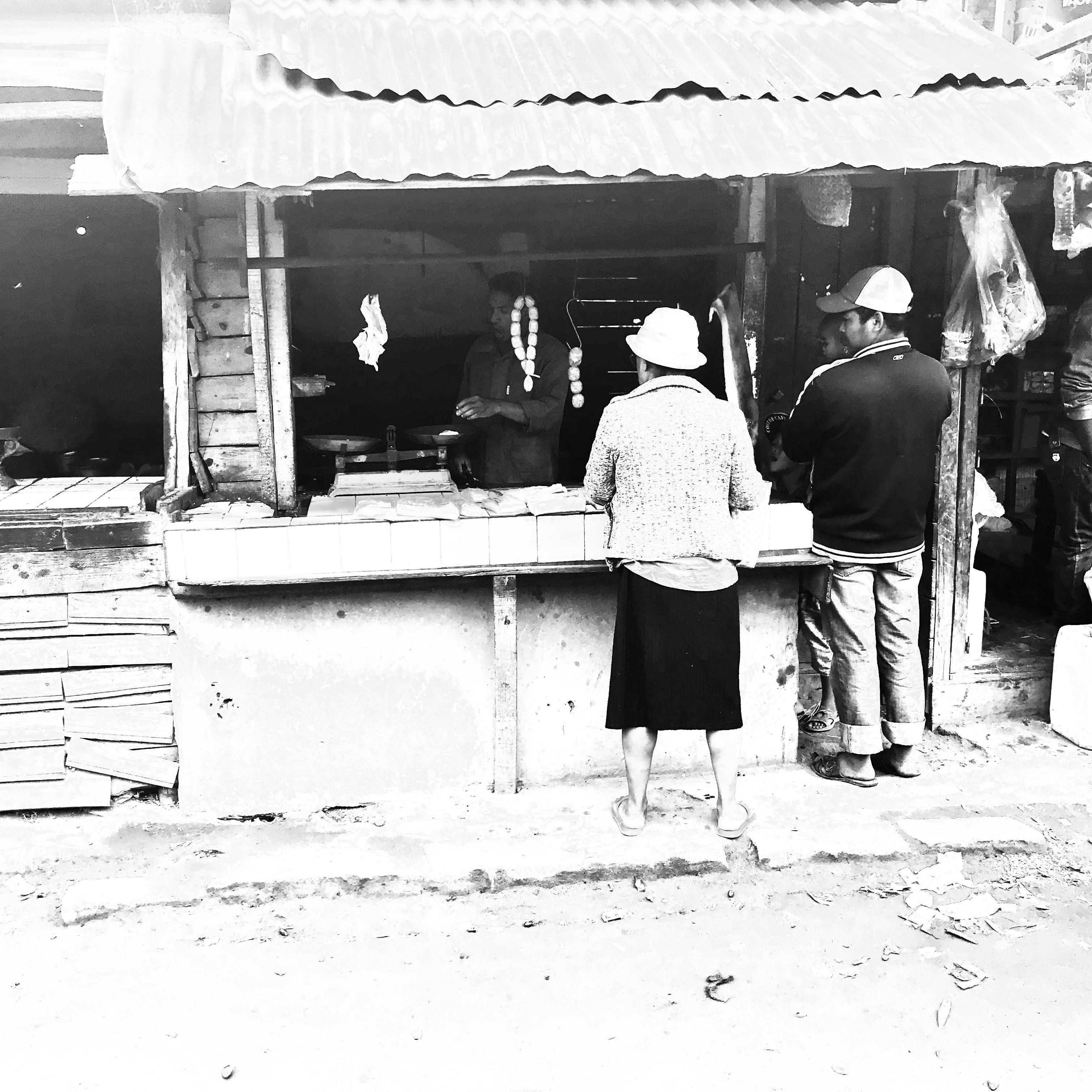 travail isidore lacour - MORAMANGA - le boucher - recto